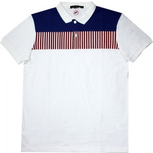 LINE PRINT ON CHEST POLO 18-075